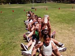 juegos picnic pasar agua fila india